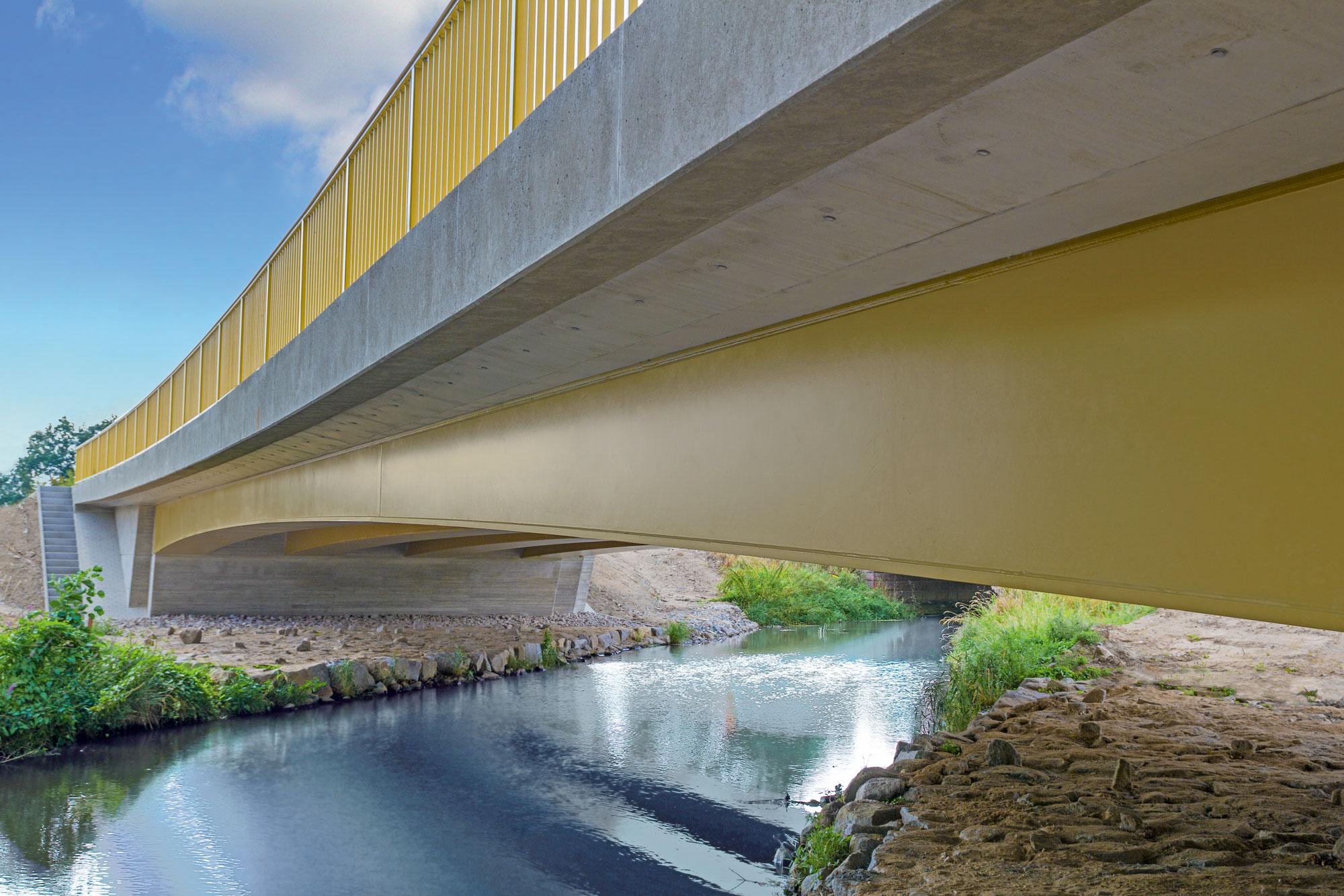 S91 KalkreuthBW4 Brücke über die Große Röder