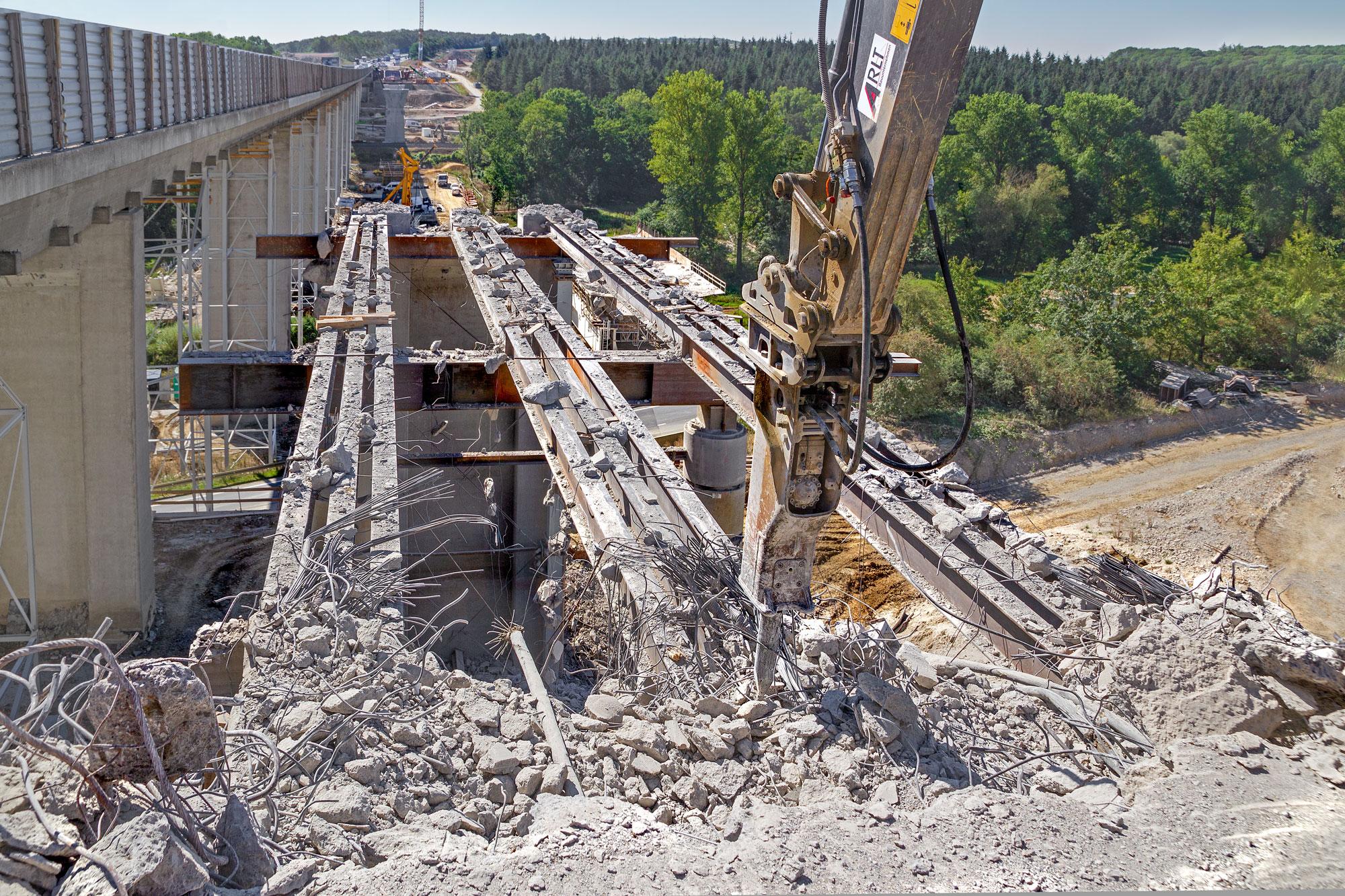 BAB A7 Talbrücke Werntal Abbruch