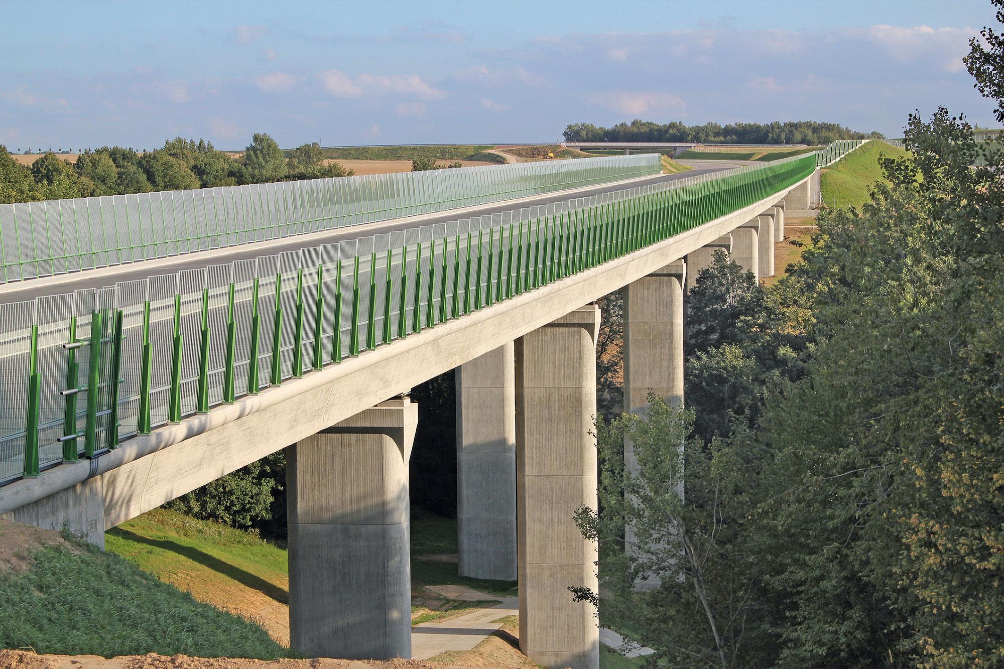 Brücke über das LochmühlentalAnsicht West